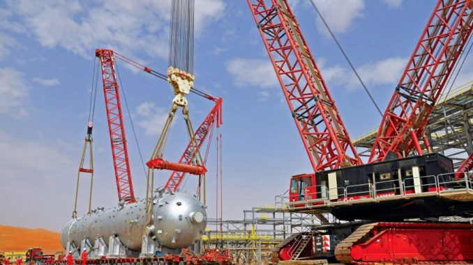 Shaybah petrochemical plant construction project – Installation of 1,048t reactor